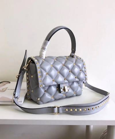 Сумка Valentino Medium Candystud Top Handle Bag